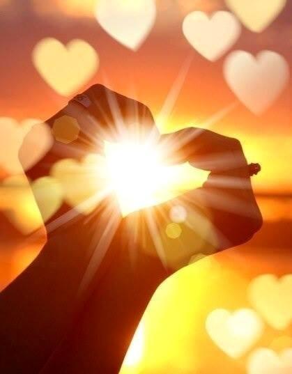 Любовь — это основа нашей жизни, это наше естество. И начинать надо с себя.